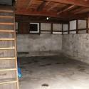 土蔵1階と階段